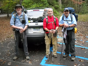 Hikers-being-shuttled-at-Table-Rock